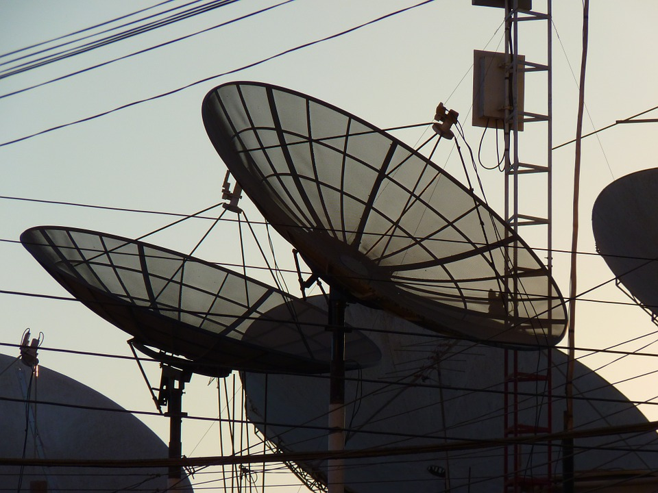 satellite-dishes-43234_960_720